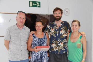 Los profesores con Nico, el chaperone